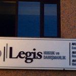 avukat tabelası-avukat dış cephe tabelası-avukat işmerkezi tabelası,avukat kapı başı tabelası,Avukat sekreter arkası